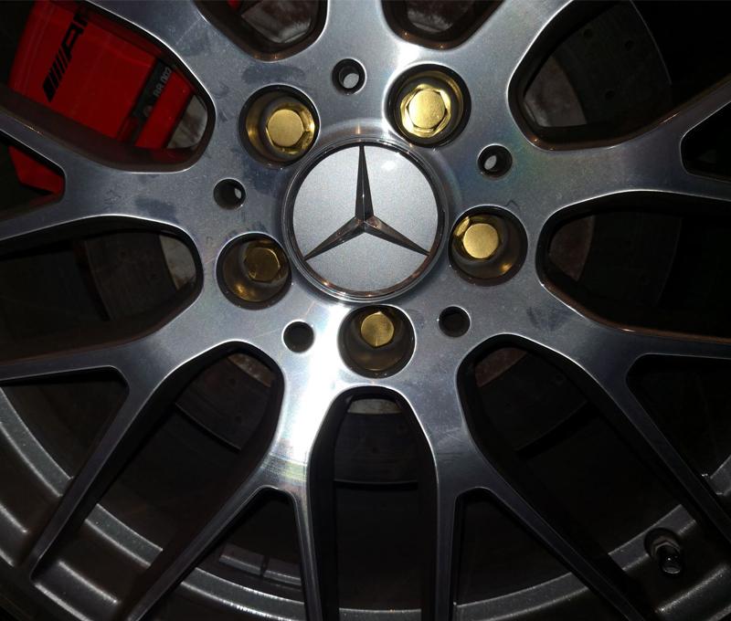 Titanium wheel bolts